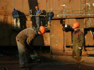Gemi söküm işçilerine sertifika verildi