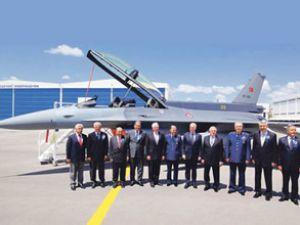 Türk F-16 Hava Kuvvetleri'ne teslim edildi