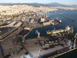 Komşu, Pire ve Selanik limanlarını satıyor