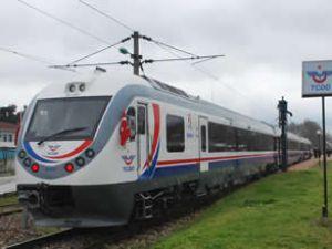 İlk dizel tren seti 'Anadolu' hizmete giriyor