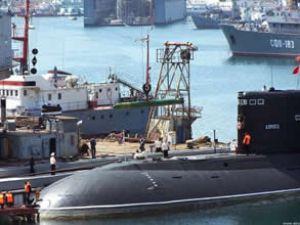 Rus denizaltılar ilk kez NATO tatbikatında