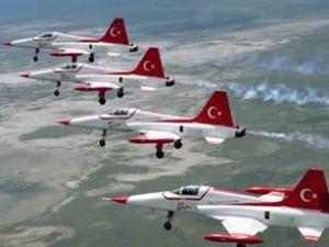 SBS sınavına özel ''sessiz uçak'' gösterisi
