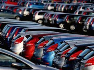 Lüks araçlarda vergi sıkıntısı yaşanıyor