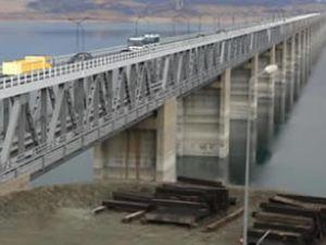 İlk 'çift katlı köprü' projesi tamamlandı