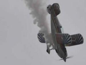 Polonya'da Vistula Gölü'ne uçak düştü
