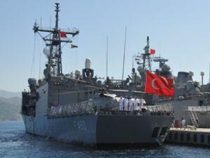 TDGG gemisi Karaçi Limanı'na demir attı
