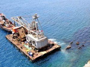 Seabright gemisinin yakıtı denizi kirletiyor