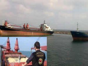 İki gemide 6 bin GDO'lu mısır ele geçirildi