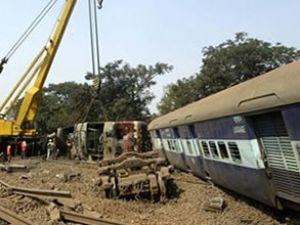 Tren kazasında ölü sayısı 67'ye ulaştı