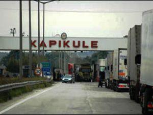 Kapıkule'de 12 km TIR kuyruğu oluştu