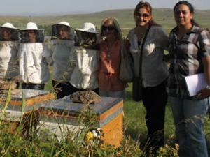 Kars'da 40 girişimci kadın kendi işyerini açtı