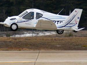 Uçan otomobiller yakında trafiğe çıkacak
