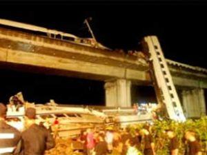 Çin'deki tren kazasında ölü sayısı 32 oldu