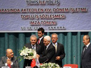 TUHİS'te toplu sözleşme sevinci yaşandı