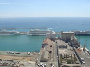 Barselona Limanı'ndan kruvaziyer rekoru
