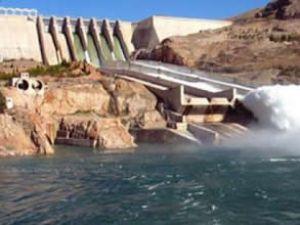 Elektrik zammını barajlar durdurdu