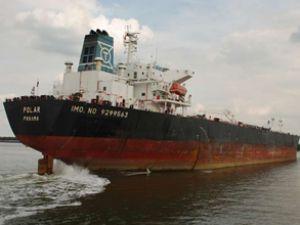 Korsanlar yunan tankerini serbest bıraktı