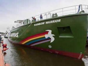 Rainbow Warrior gemisi hastane oluyor