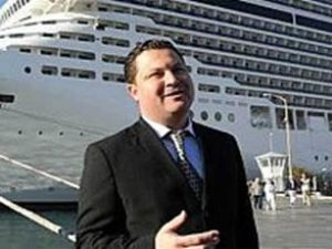 Marmaris'e 6 gemi 25 bin yolcu taşıyacak