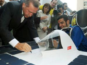 """Güneş enerjili """"Sokrat"""" Erdoğan'a tanıtıldı"""
