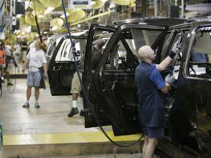 Otomotiv üretimi artarken ihracat düştü