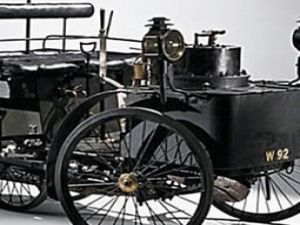Çalışan en eski otomobil satışa çıkarıldı