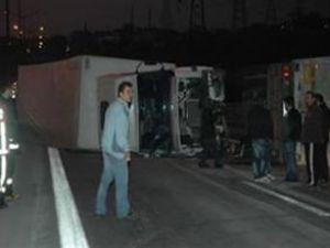 TEM ve E-5'i kilitleyen kaza