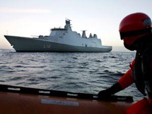 Rus savaş gemileri Aden'de görevde