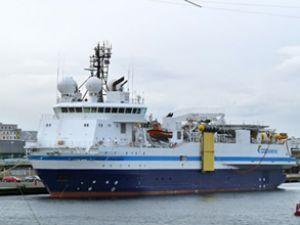Yeni sismik gemi Antalya Limanı'nda