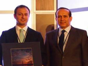 ATC'den Ekim Alptekin'e Ticari Liderlik Ödülü