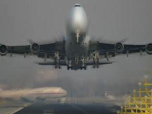 Mısır uçağı havada 3 saat tur attı