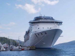 Yolcu gemisi Costa Atlantica, Marmaris'te