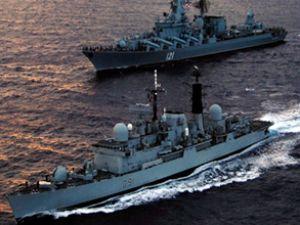 Rusya, Akdeniz'e 3 savaş gemisi gönderdi