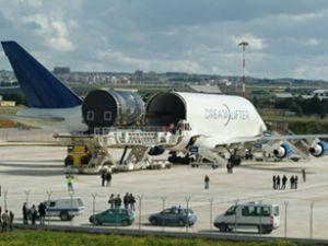 Dünyanın en büyük uçağını inşa edecek