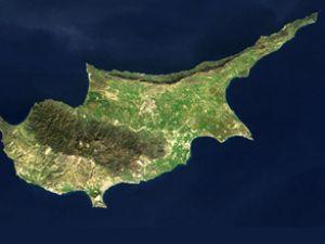 250 metre derinlikten Kıbrıs'a su verilecek