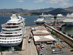 İzmir'de kruvaziyer turizmi artış yaşadı