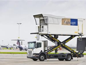 Scania'dan havaalanlarına özel araçlar