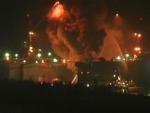 Nükleer denizaltındaki yangın söndürüldü