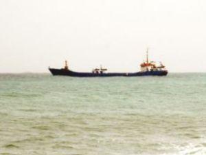 Gemiler fırtınada Gazipaşa'ya sığındılar