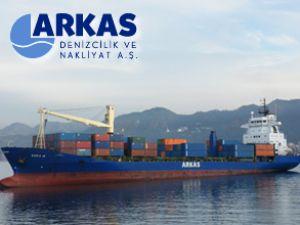 Rize Limanı'na ilk konteyner gemisi uğradı