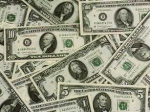 Dolar 1,8850 liradan güne başladı