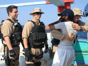 ABD, 13 İran'lıyı korsanlardan kurtardı