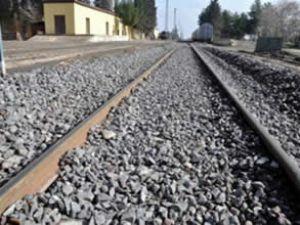 Sınırdaki demiryolları yenileniyor