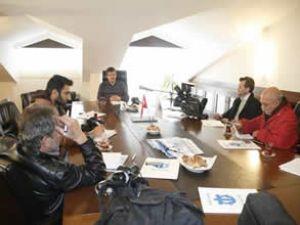 Mengi: Yatlar rotasını Türkiye'ye çeviriyor