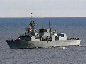 Kanada savaş gemisi Maltalıları korkuttu