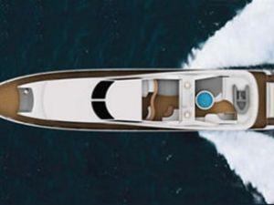 AZ Marina'nın mega lüks yatı denize indi