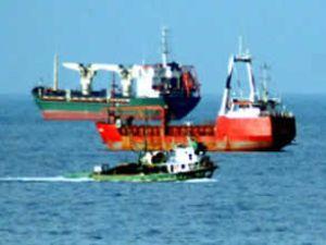 Arızalanan gemi kontrol altına alındı