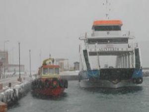 Deniz ulaşımı kar engeline takıldı