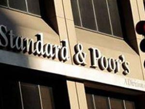 S&P, Mısır'ın kredi notunu kırdı