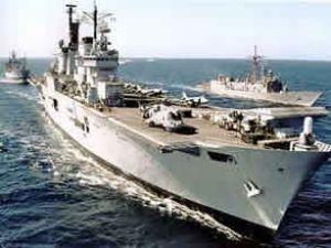 İran'ın savaş gemileri Akdeniz'e çıktı